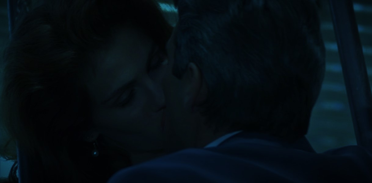 jawline kiss 8 (2)