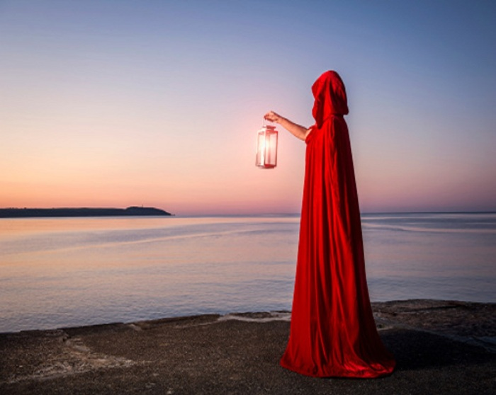 lantern-gettyimages-com