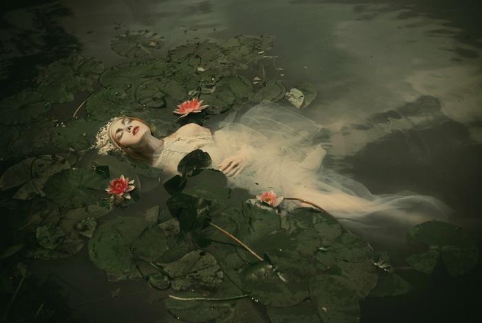 ophelia illusion scene360 com dorota-gorecka-01